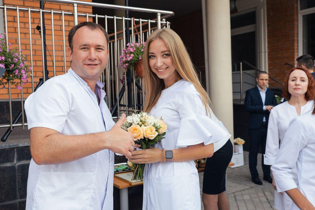 Андрей Воробьев губернатор московской области - Снова в строю: губернатор наградил сотрудников Балашихинского роддома