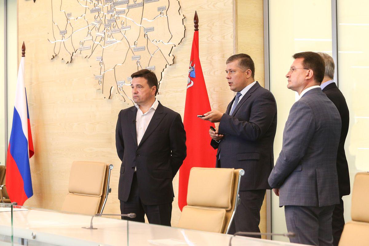 Андрей Воробьев губернатор московской области - Губернатору представили новый функционал приложения скорой помощи