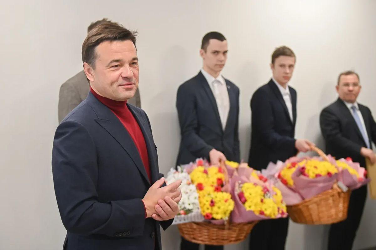 Андрей Воробьев губернатор московской области - Круглосуточная борьба с ковидом: завод в Серпухове готовится к модернизации