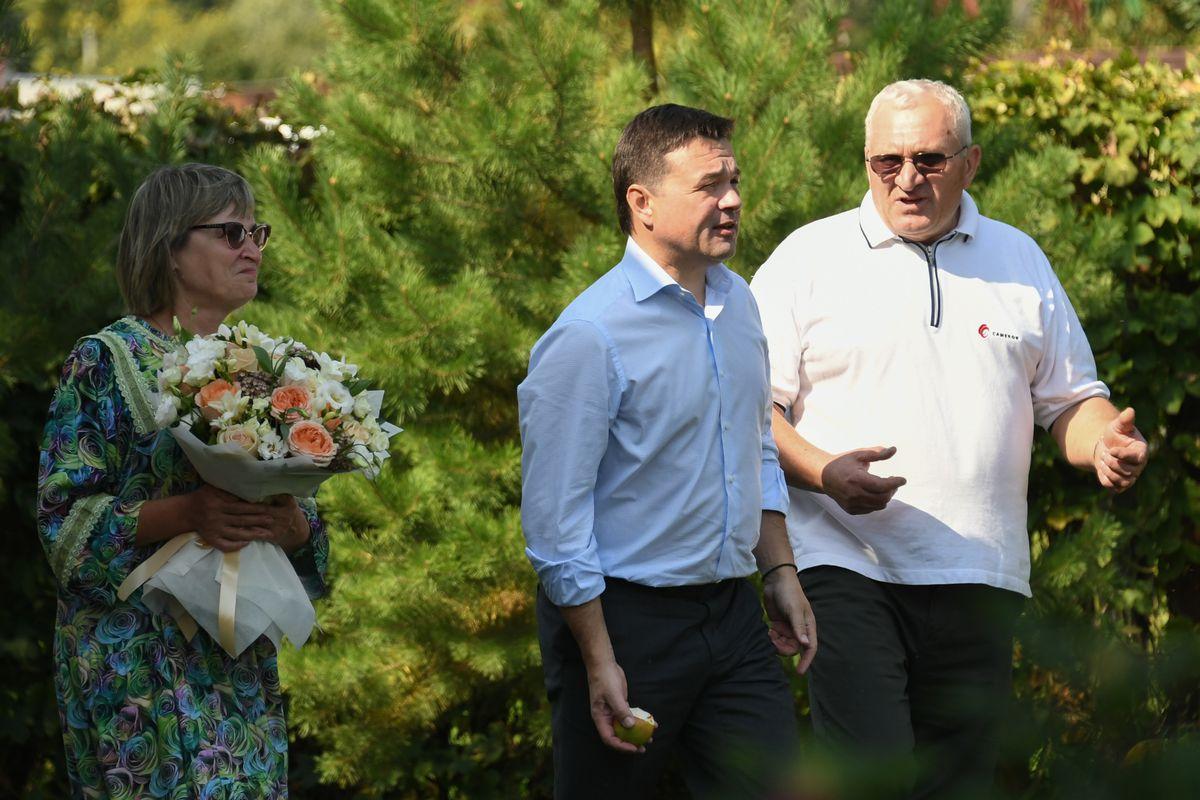 Андрей Воробьев губернатор московской области - Урожайная пора началась  в Подмосковье. Поездка в Серебряные Пруды