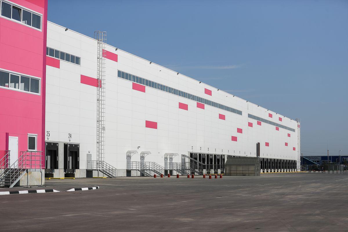 Андрей Воробьев губернатор московской области - Вторую очередь складского комплекса Wildberries запустили в «Коледино»