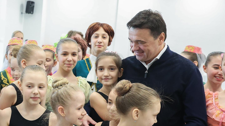 Андрей Воробьев губернатор московской области - Андрей Воробьев губернатор московской области - Мини —  не значит ненастоящий: в Подмосковье открывают новые детские сады