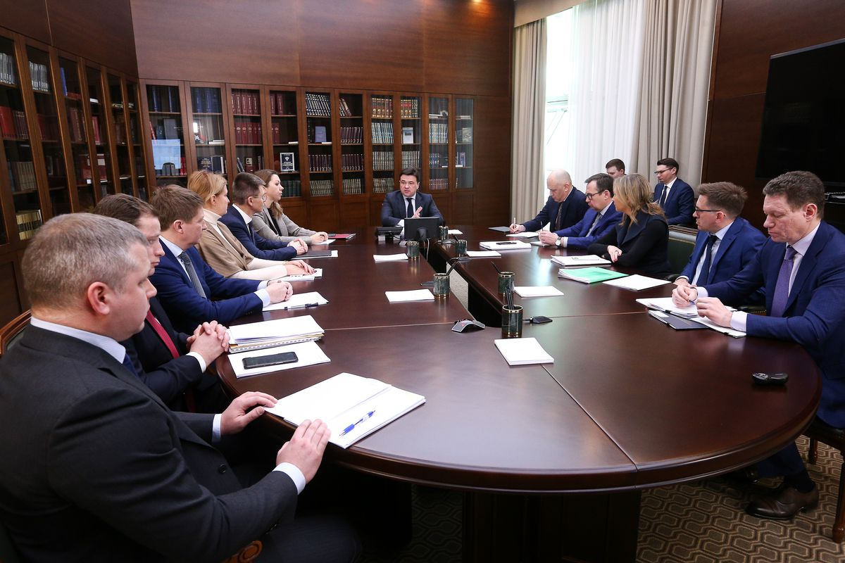 Андрей Воробьев губернатор московской области - На совещании с зампредами обсудили скидку по ипотеке и контроль горячего питания