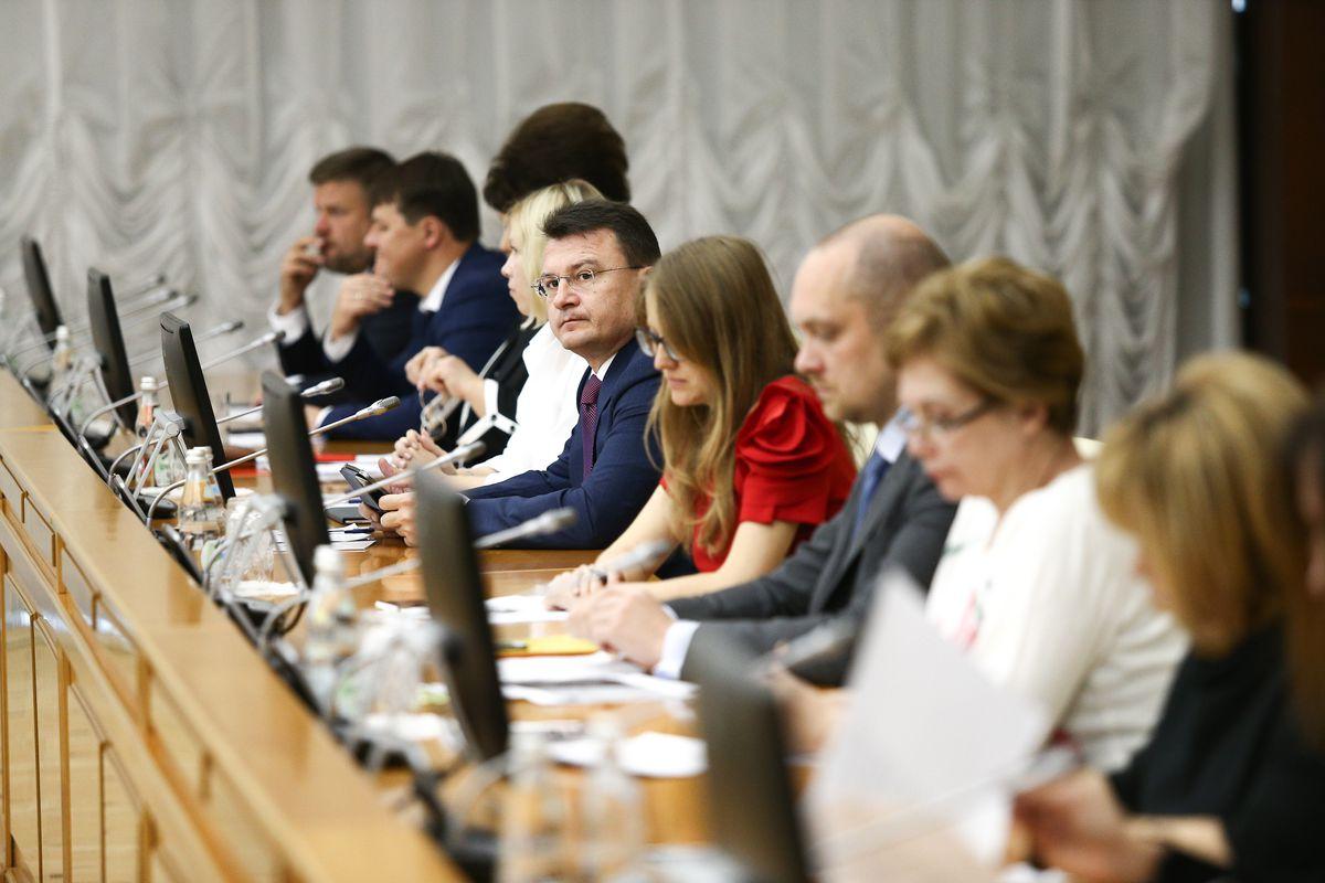 Андрей Воробьев губернатор московской области - Кадровые перестановки и отопительный сезон. Что обсудили на заседании правительства