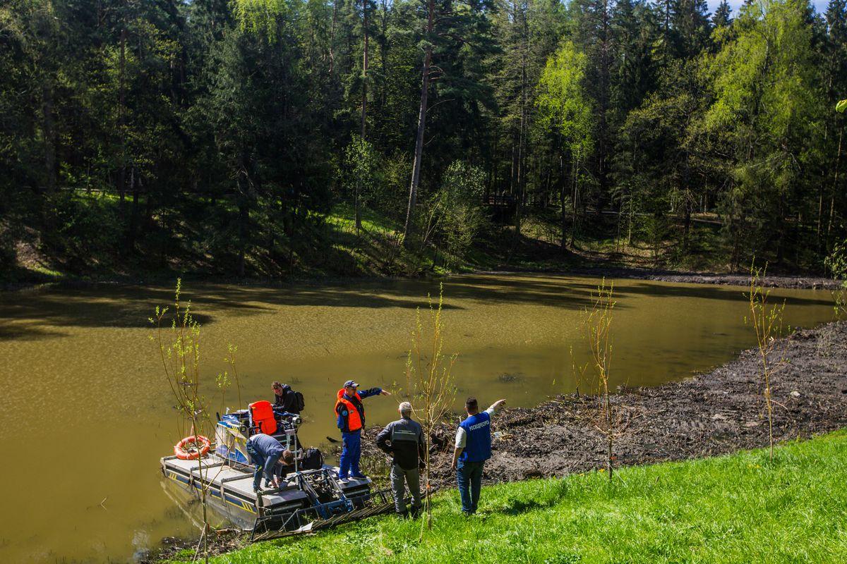 Андрей Воробьев губернатор московской области - 100 прудов и озер. Как чистят водоемы Подмосковья?