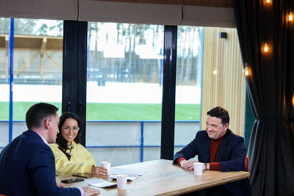 Андрей Воробьев губернатор московской области - Интервью Арине Ростовской и Ярославу Красиенко