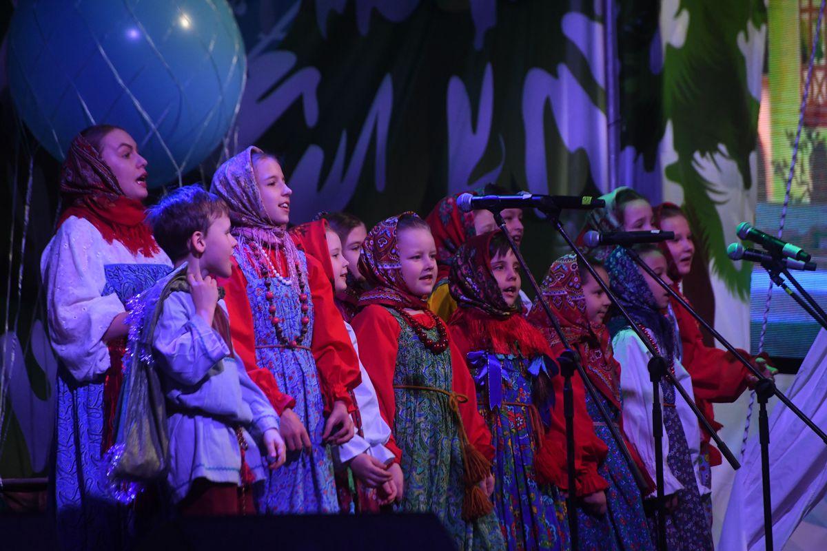 Андрей Воробьев губернатор московской области - Губернаторская рождественская елка в Чехове