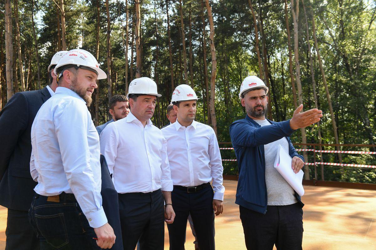 Андрей Воробьев губернатор московской области - Проверка хода строительства путепровода в Реутове