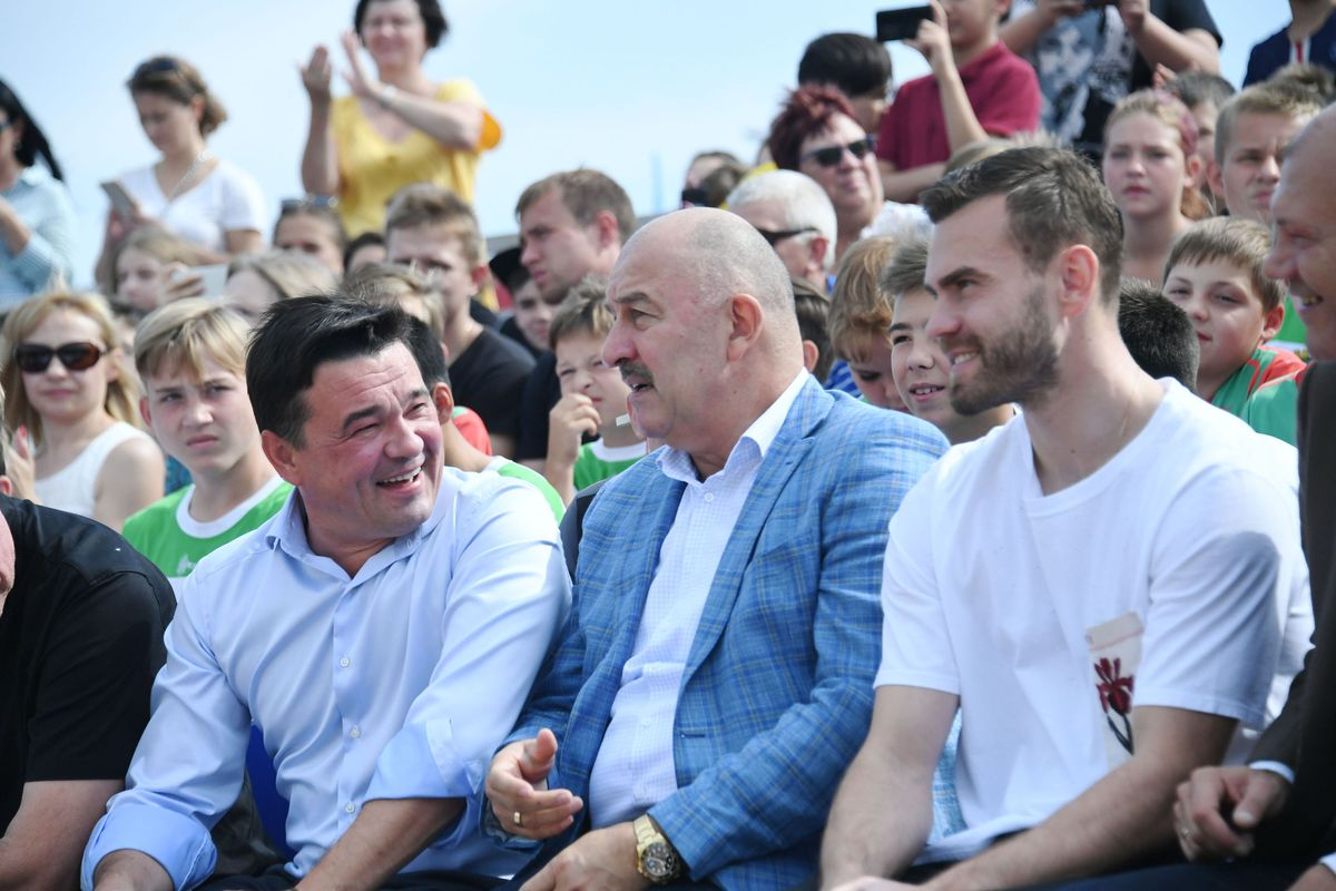 Андрей Воробьев губернатор московской области - Губернатор посетил «Кубок Игоря Акинфеева» в Бронницах