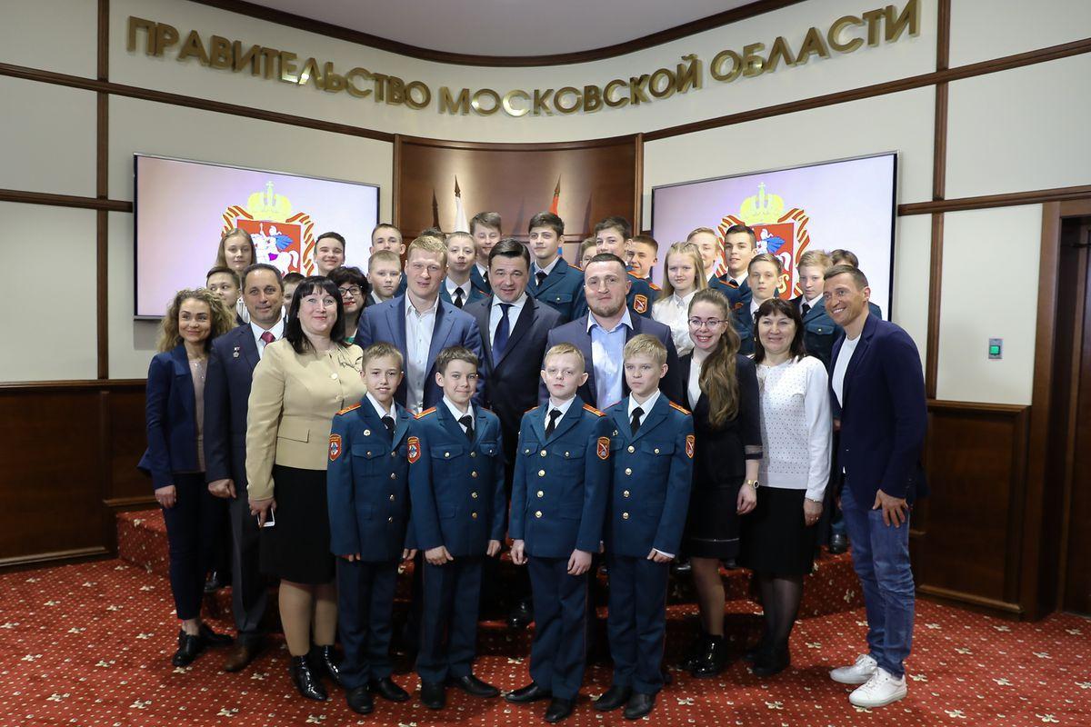 Андрей Воробьев губернатор московской области - Встреча с кадетами из Вологодской области