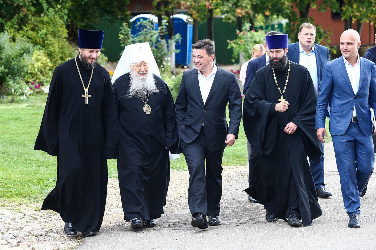 Андрей Воробьев губернатор московской области - Реставрацию порушенных святынь обсудили в Подмосковье