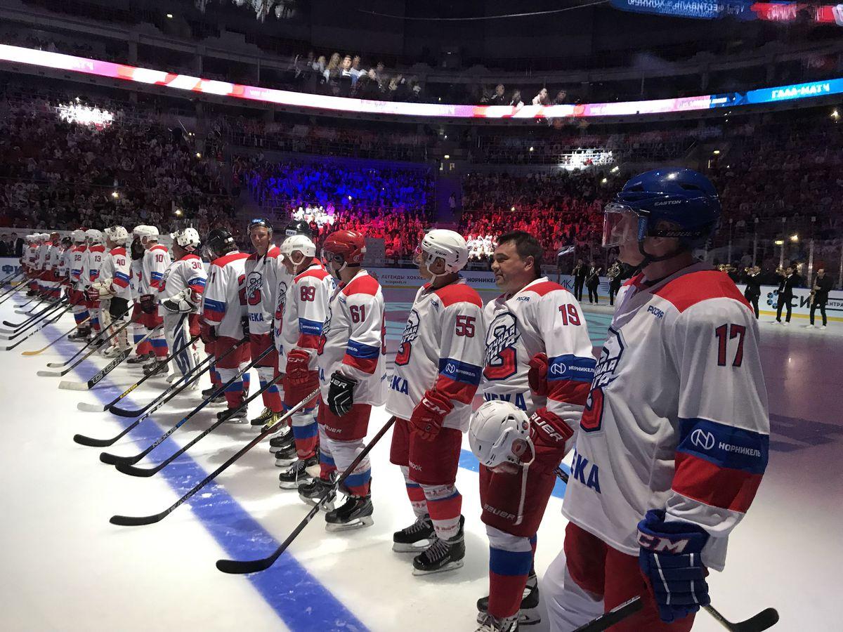 Андрей Воробьев принял участие в Гала-матче Ночной хоккейной лиги в Сочи