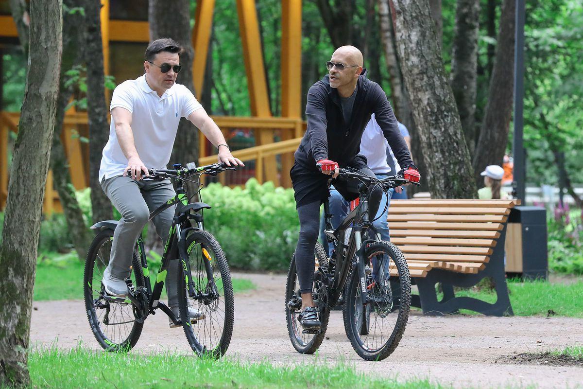 Андрей Воробьев губернатор московской области - Губернатор Подмосковья проверил готовность парка «Раздолье» к открытию