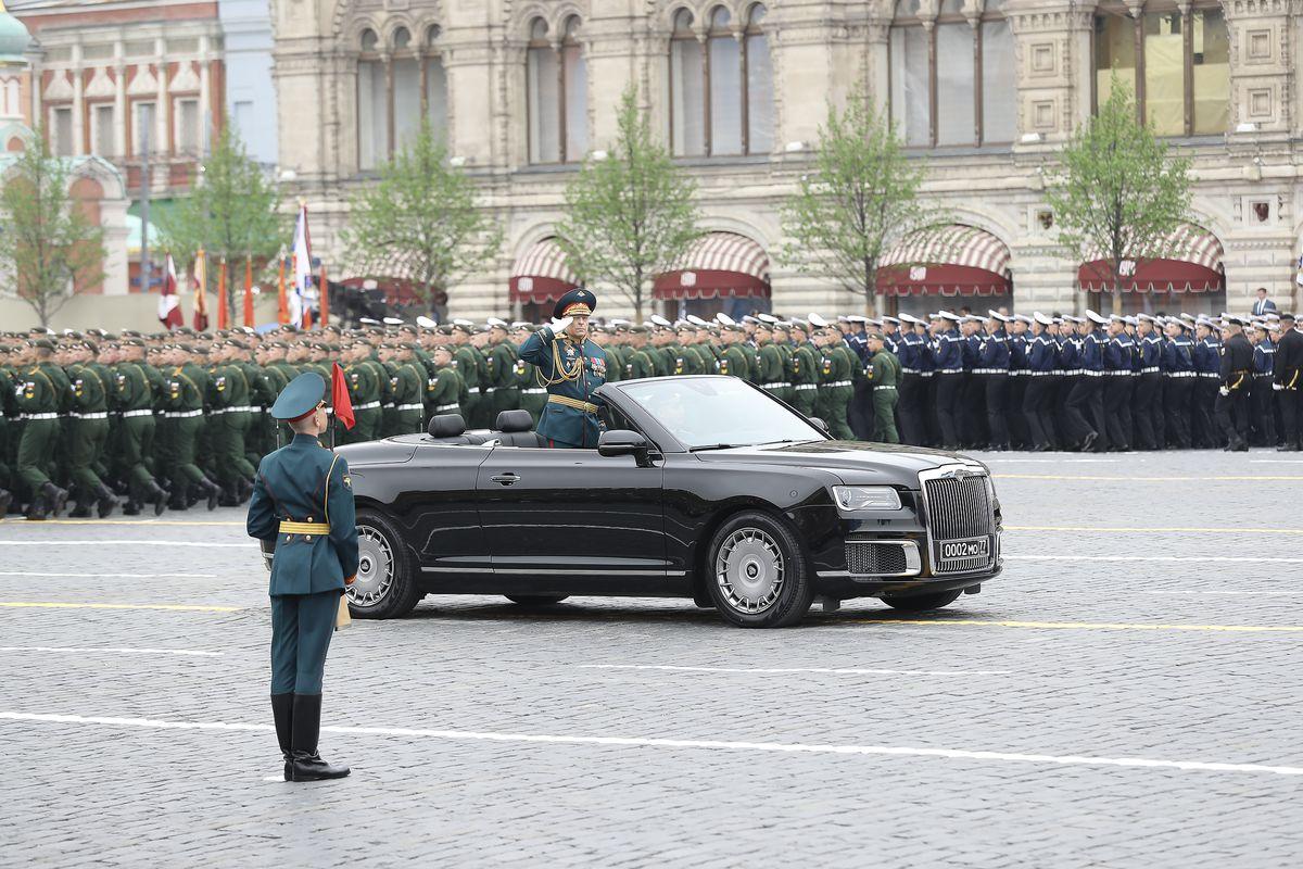Андрей Воробьев губернатор московской области - Парад Победы на Красной Площади