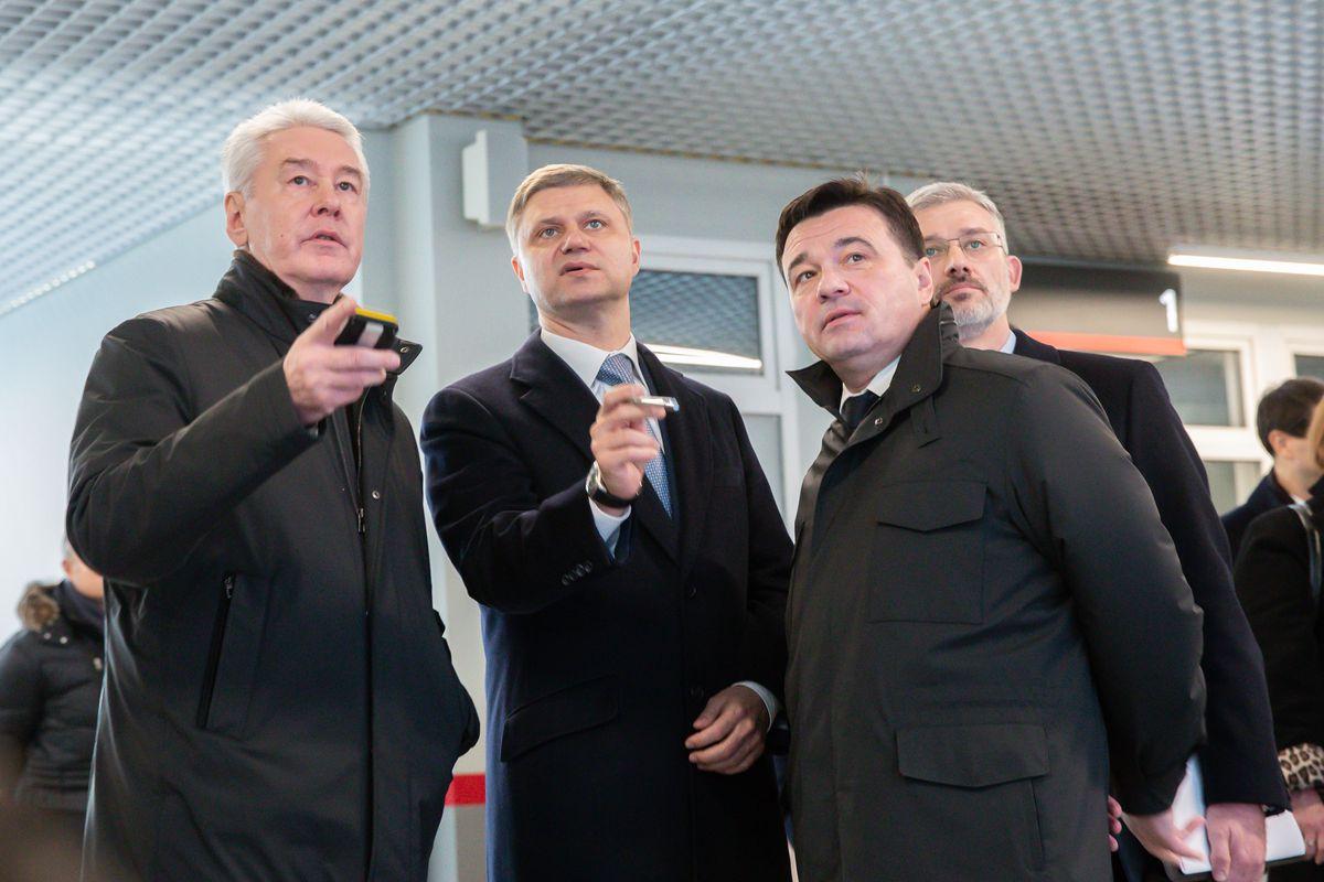 Андрей Воробьев губернатор московской области - Президент открыл движение поездов на первых линиях МЦД