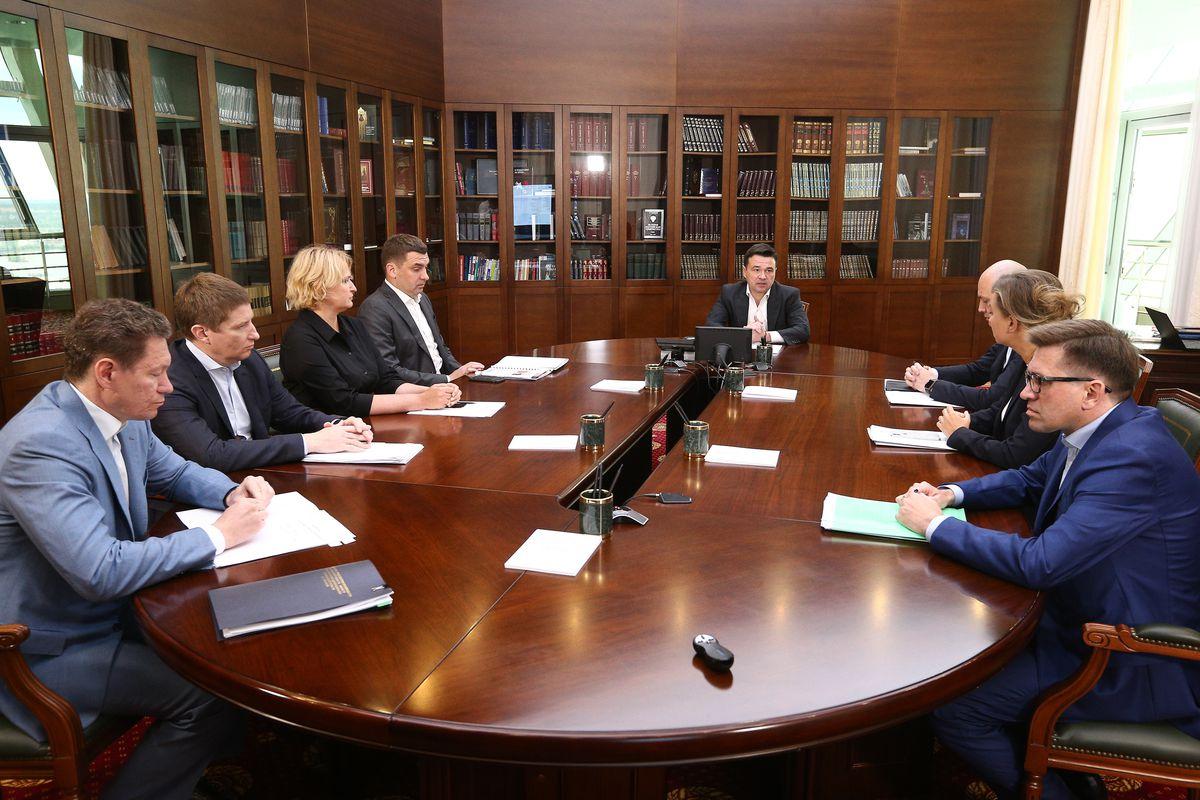 Андрей Воробьев губернатор московской области - Андрей Воробьев поручил взять под контроль каждое заявление жителей области