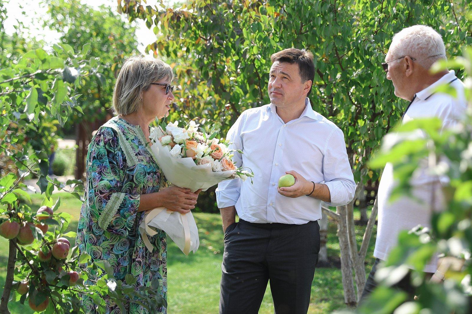 Андрей Воробьев губернатор московской области - Сельское хозяйство, подмосковные таланты и долгожданная школа: поездка в Серебряные Пруды
