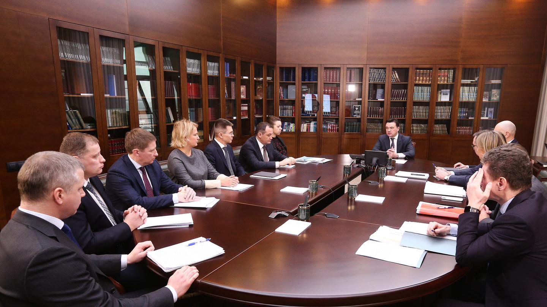 Андрей Воробьев губернатор московской области - Забота и внимание. Что обсудили на совещании с зампредами?