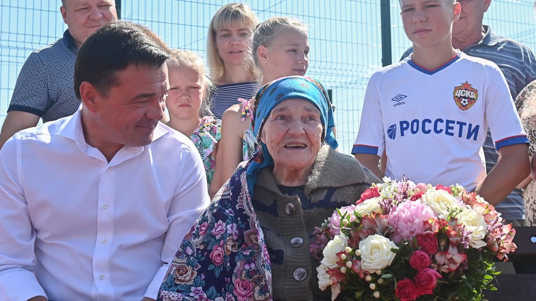 Андрей Воробьев губернатор московской области - И в мирное время тоже. Под Волоколамском благодаря ветерану ВОВ построили новую площадку